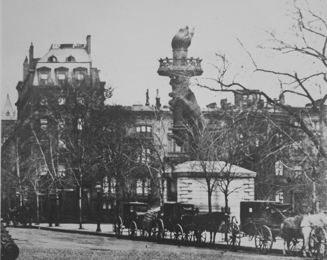 madison-square_statue-of-liberty-torch_new-york_untapped-cities